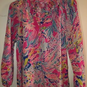 Excellent used Lilly Pulitzer Elsa long sleeve Sm
